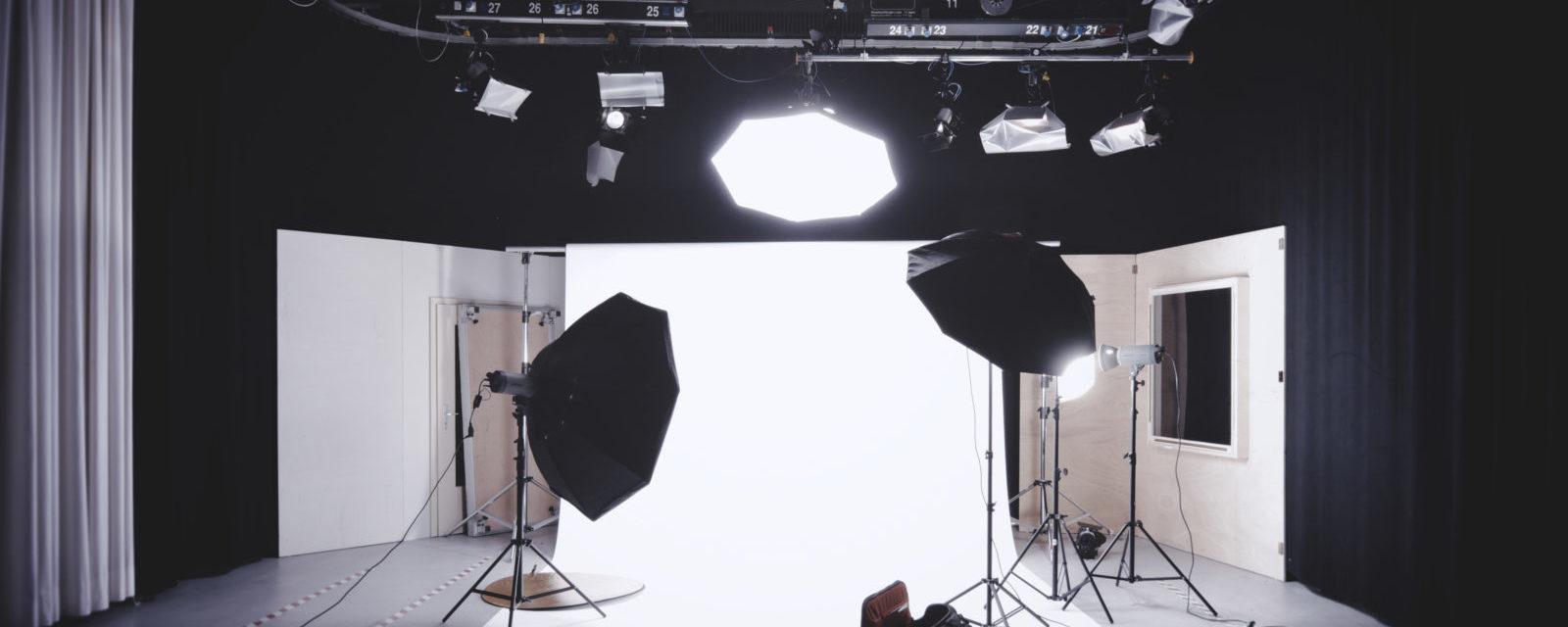 Urheberrechtsverstoß durch Abfotografieren eines gemeinfreien Werkes?